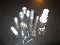 Speciális csavarok gyártatása